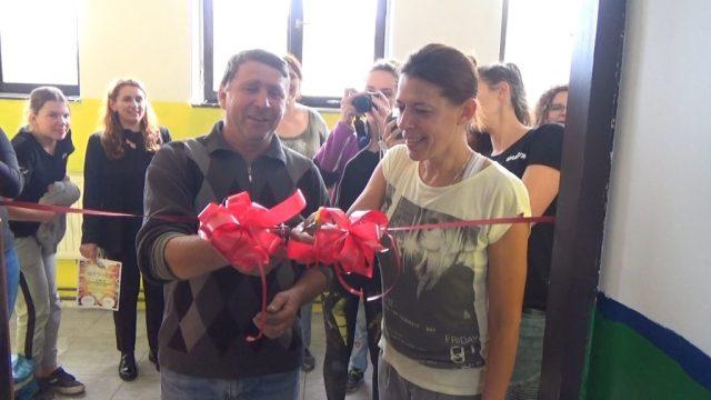 Volonteri 5 1024x576 - Volonteri iz Holandije uredili i okrečili prostorije škole u Starom Majdanu