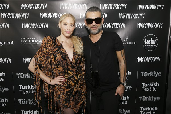 Hakan Akkaya New York Fashion Week'i salladı