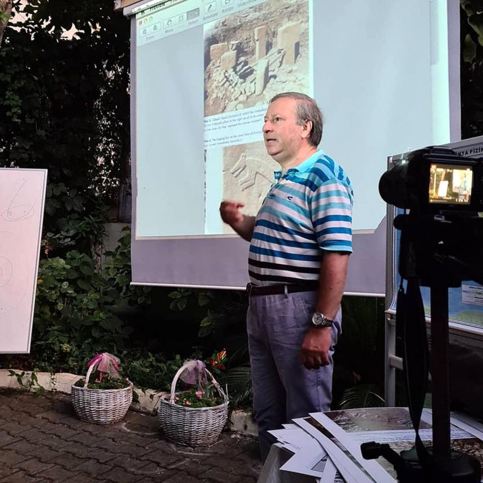 Av. Altan Akpınar'ın 17.Konferansı İzdiham Yarattı