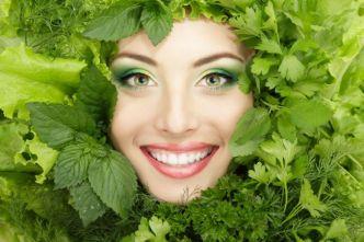 dieta-anti-acnee-ce-sa-mananci-ca-sa-ai-o-piele-frumoasa_size2