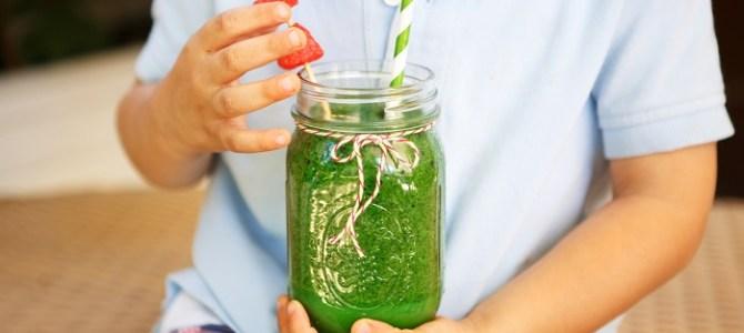 Smoothie verde energizant și nutritiv