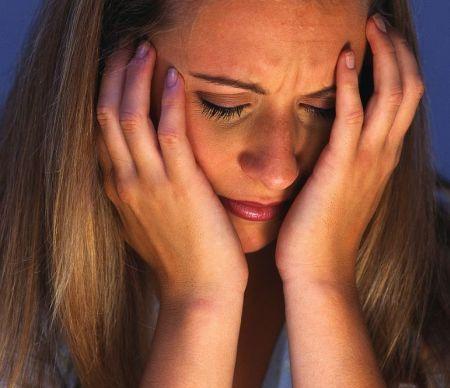 depresia nervoasa ,fata depresiv imagine jpg