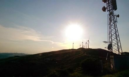 Chi rimuoverà i tralicci dell'eolico? Un reticolato destinato a rimanere per sempre?
