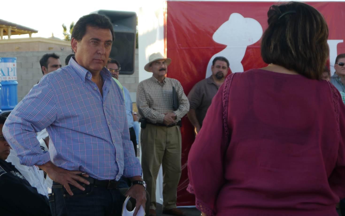 Otto Claussen Guaymas Mayor Speaks in San Carlos