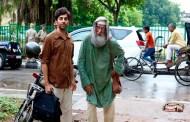 సున్నితాంశాలను స్ఫురణకు తెచ్చే 'గులాబో-సితాబో'