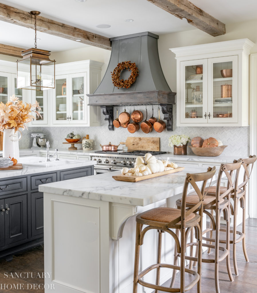 Farmhouse Kitchen Fall Decorating Ideas - Sanctuary Home Decor on Farmhouse Kitchen Ideas  id=26317