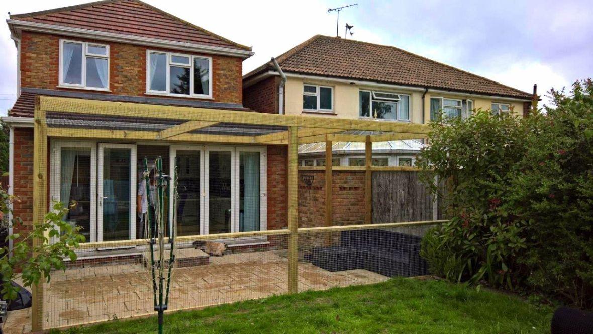 Large outdoor catio in Essex