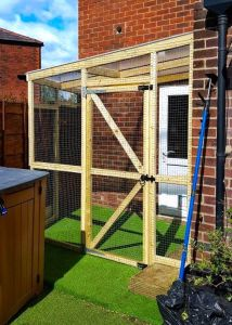 Outdoor catio with plastic roof