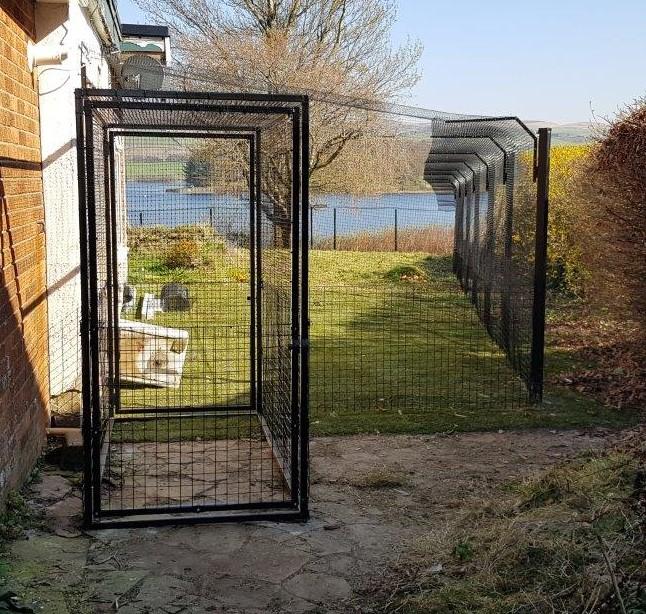 Cat proof fences
