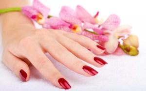 Модный осенний маникюр для коротких ногтей