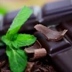 Лицо от сухости и прыщей спасет шоколад