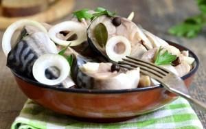 Рецепты маринованной рыбы. Маринованная рыба приготовление. Маринованная рыба в домашних условиях рецепты