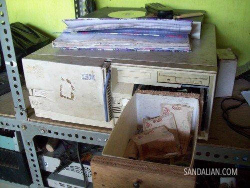 CPU money drawer