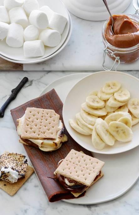banana-and-chocolate-smores