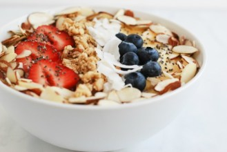 energizing-smoothie-bowl-simplyhappenstance-com-42