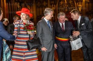 Royals get presents