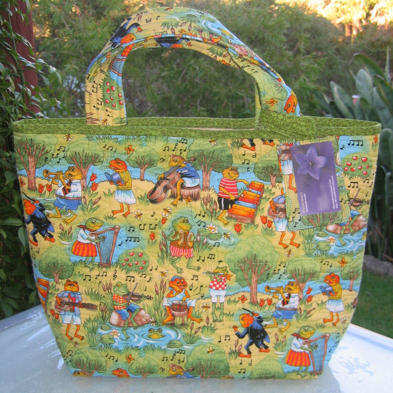 MaryEllen's froggie tote bag --- with bonus luggage tag