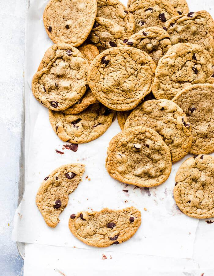 eggless chocolate chip cookies recipe image