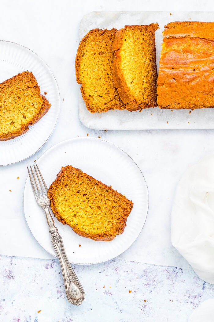 eggless mango cake with oil