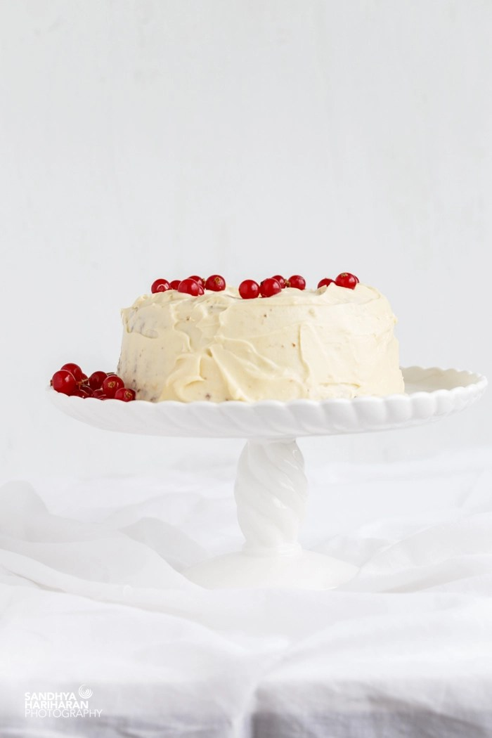 chocolate cake with cream cheese frosting (2 of 6)