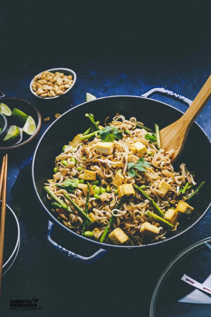 Vegetarian Pad Thai Noodles with Tofu,Asparagus & Soy Beans