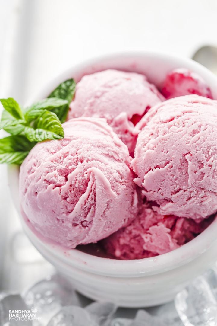 Strawberry Cheesecake Ice cream recipe