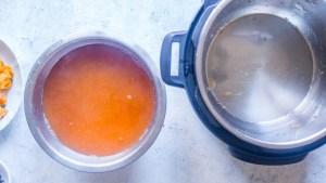 Instant Pot Mulled Apple Cider drink