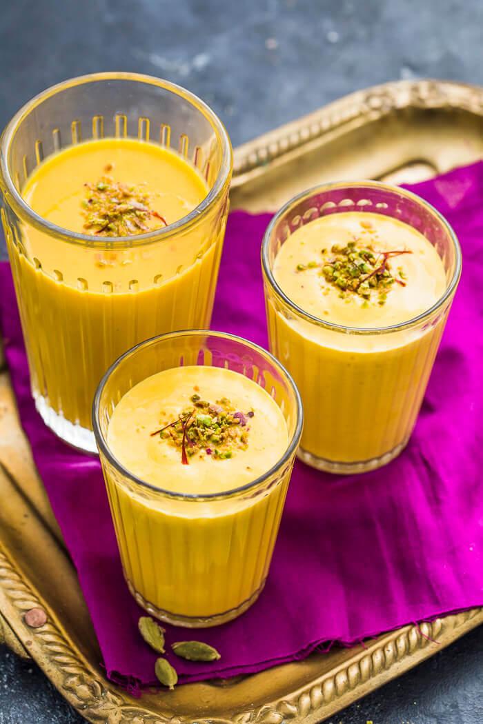 restaurant style mango lassi recipe