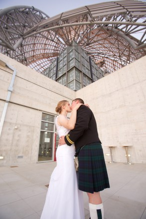 Downtown San Diego Central Library Wedding Images 1534