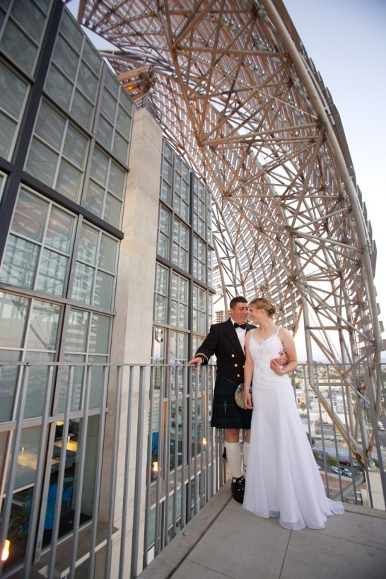 Downtown San Diego Central Library Wedding Images 1536