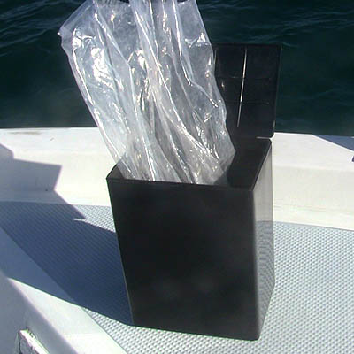Basic plastic box for scattering at sea