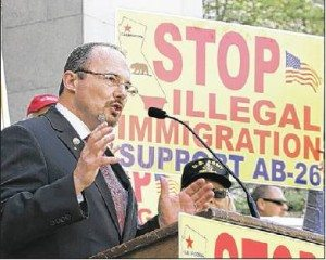 tim-donnelly-vv-daily-press-1