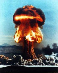 nuclear_explosion_atomic_bomb