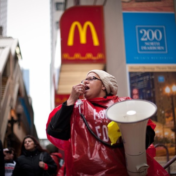 Fast food workers strike in downtown Chicago to advocate for better living wages, April 24th 2013