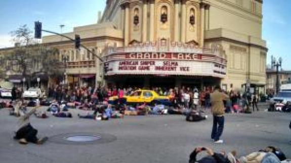 Die in outside theater in Oakland