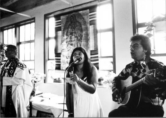 Carlos playing guitar, Jessica singing, Villarino wedding 1978