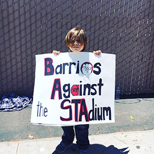 Barrio born Dino is against the stadium.