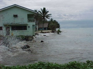 High Tides at Tafunsak, Dec'-99.