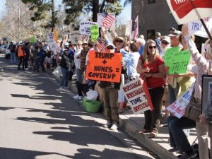 Photo Gallery: Indivisible Holds Issa's Feet to the Fire