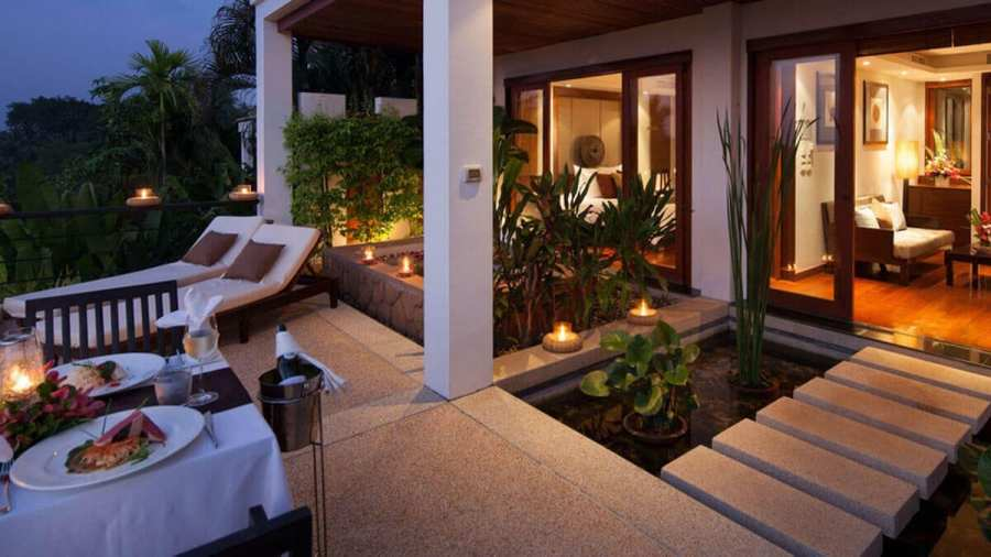 Ayara romantic room dinner-Best areas to stay in Phuket
