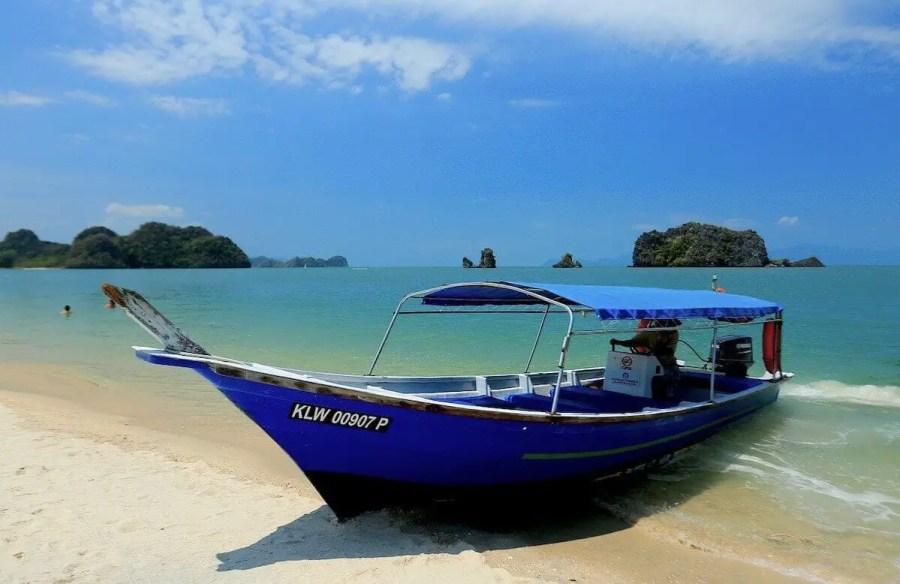 blue boat in Langkawi