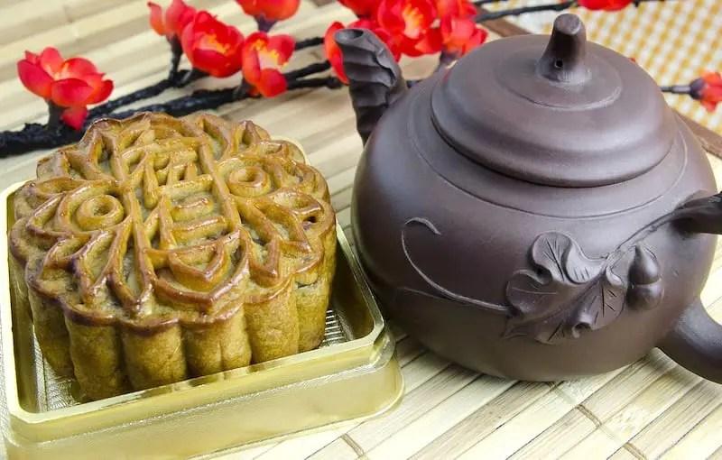 Mooncake with teapot