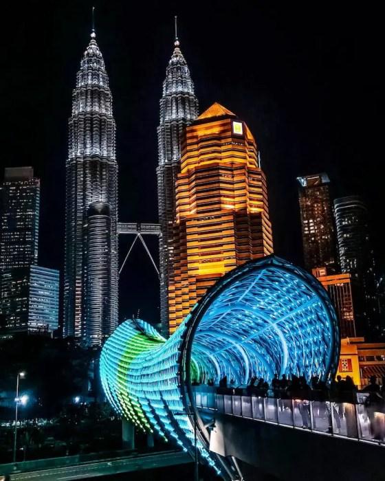 Twin Towers, Kuala Lumpur at night