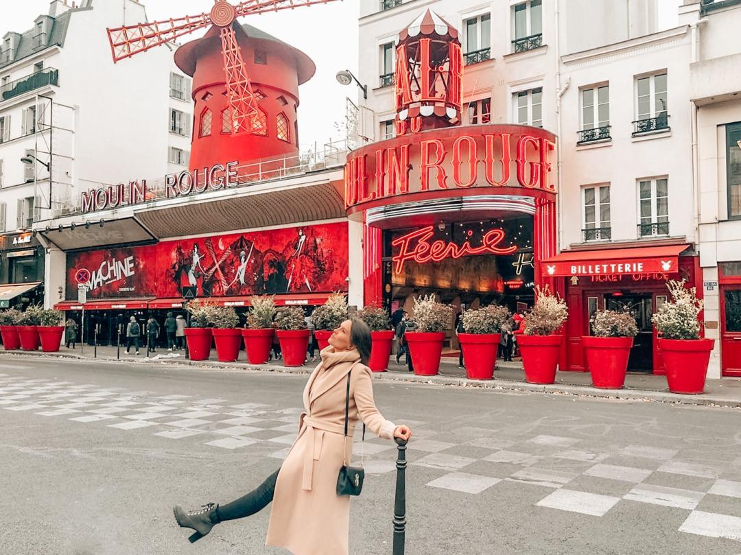Moulin Rouge Travel Blog Sandinourhands