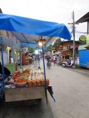 Chaque soir la ville s'anime de nombreux stands de nourriture