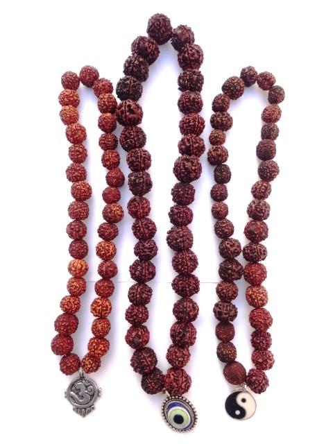 REF201D(1) – MALA tibétain de prières 33 RUDRAKSHA avec pendant