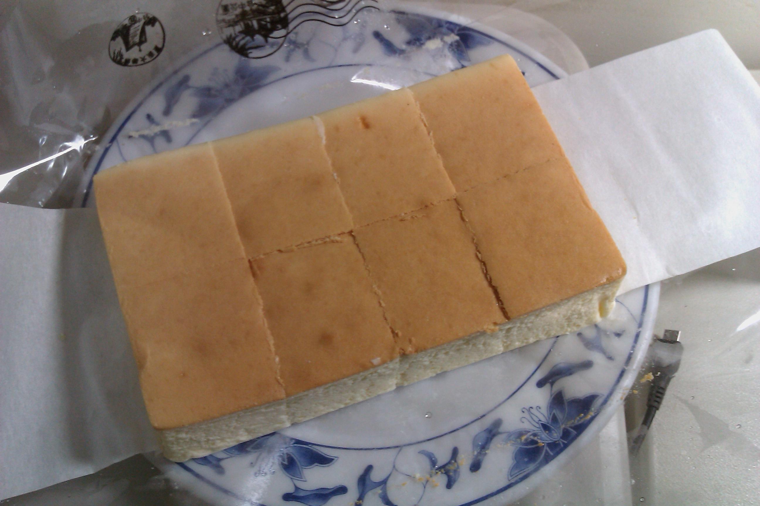 日出乳酪蛋糕 | Every little thing...