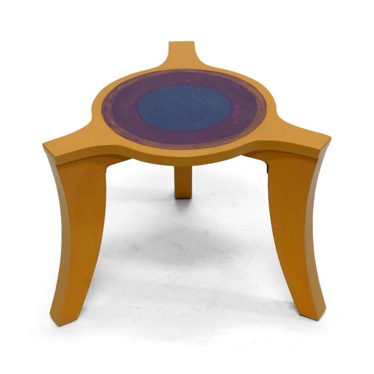 Driepoot salontafel geel-paars-blauw