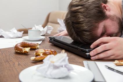 alimentation emotionnelle, faitgue, obésité, surpoids, poids, manger, emotions, stress, tristesse
