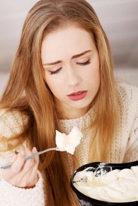 alimentation emotionnelle, faitgue, obésité, surpoids, poids, manger, emotions, tristesse, stress